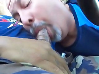 Sucking in his car