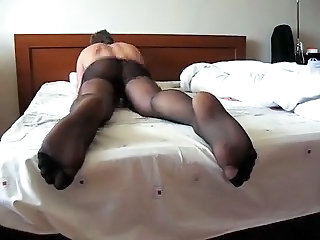 Humping bed in pantyhose