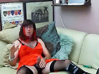 Hot Crossdresser Toys Her Ass While Jerking