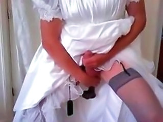 crossdress bride fun with black dildo
