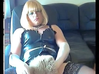 Blond Mistress webcam