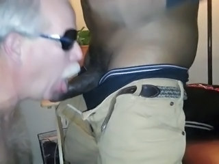 Mustache dad deepthroat facefuck