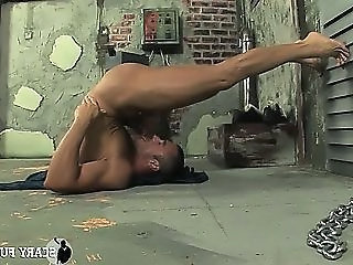Hard Worker In A Dirty Basement Making Himself A Blowjob!