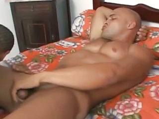 Two Hot Muscle Bears Fuck