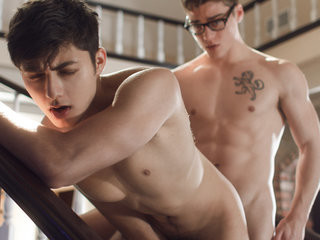 Videos from hot-gay-videos.com